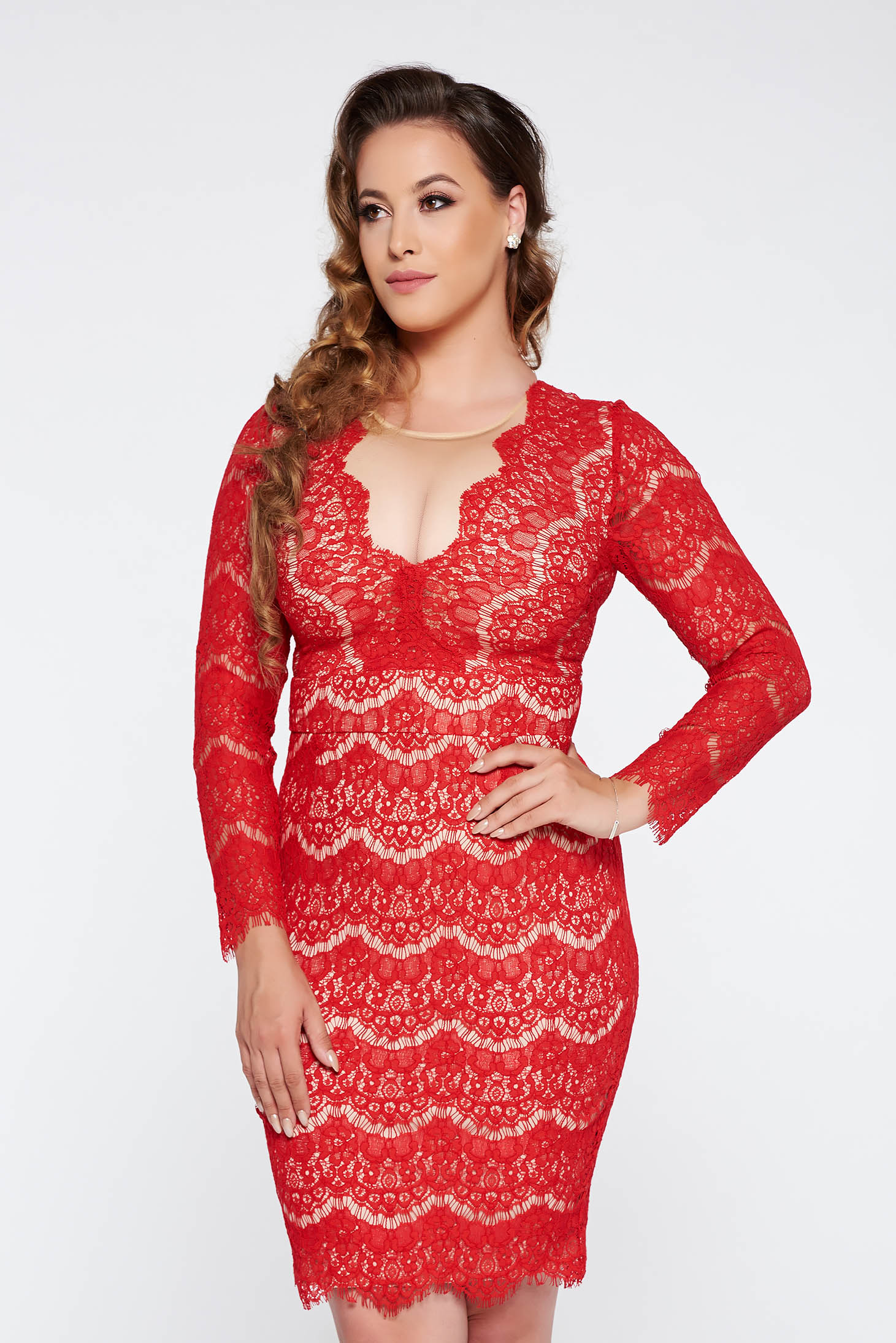 Red occasional pencil dress laced with inside lining
