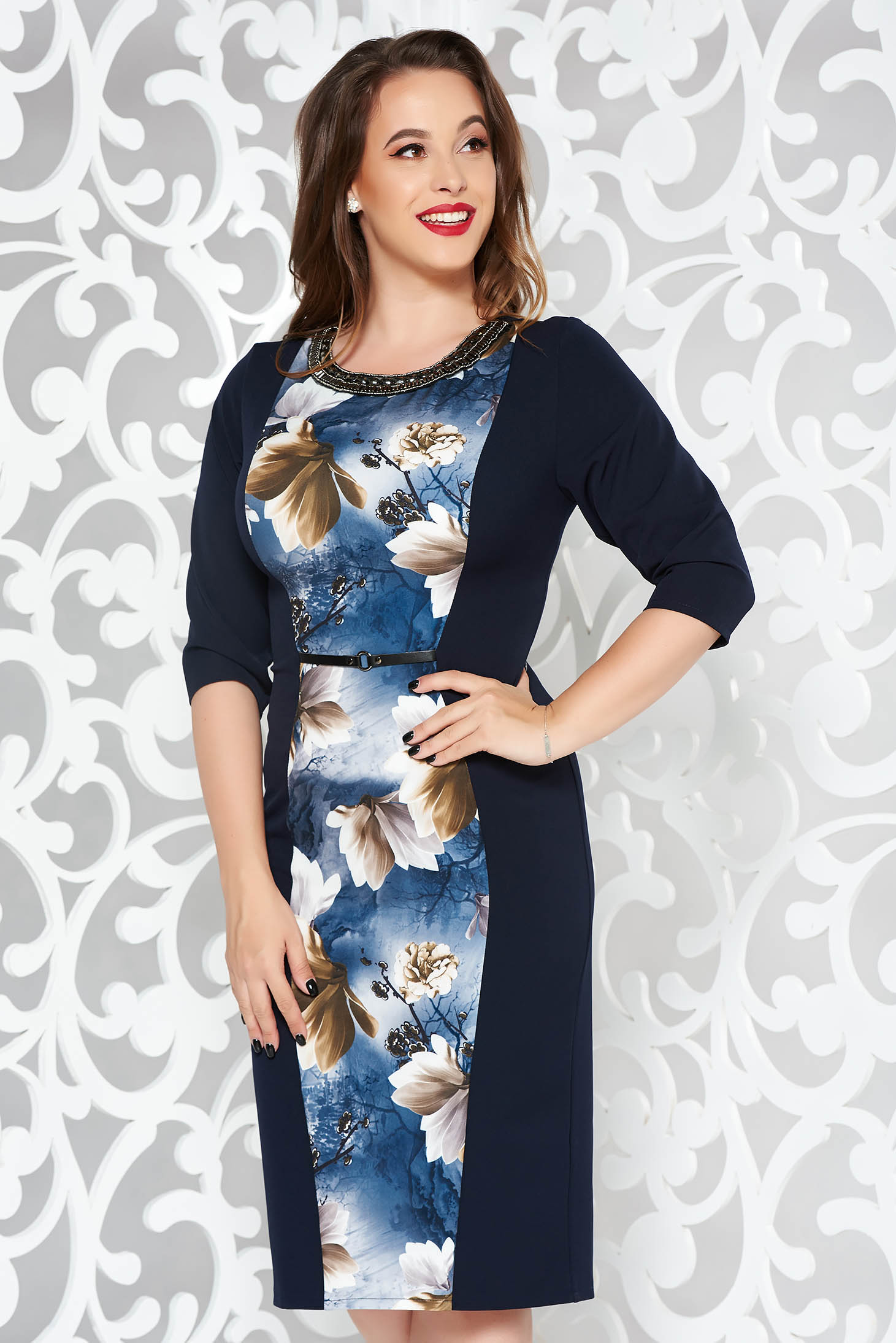 Rochie albastru-inchis eleganta midi tip creion din stofa usor elastica cu aplicatii cu margele