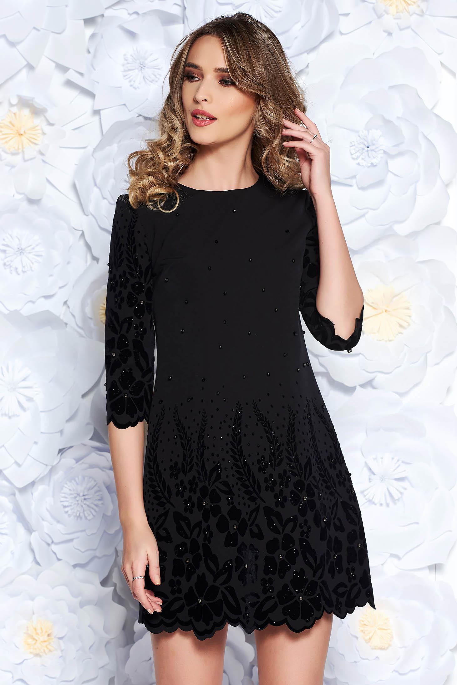 Black dress straight elegant slightly elastic fabric with pearls