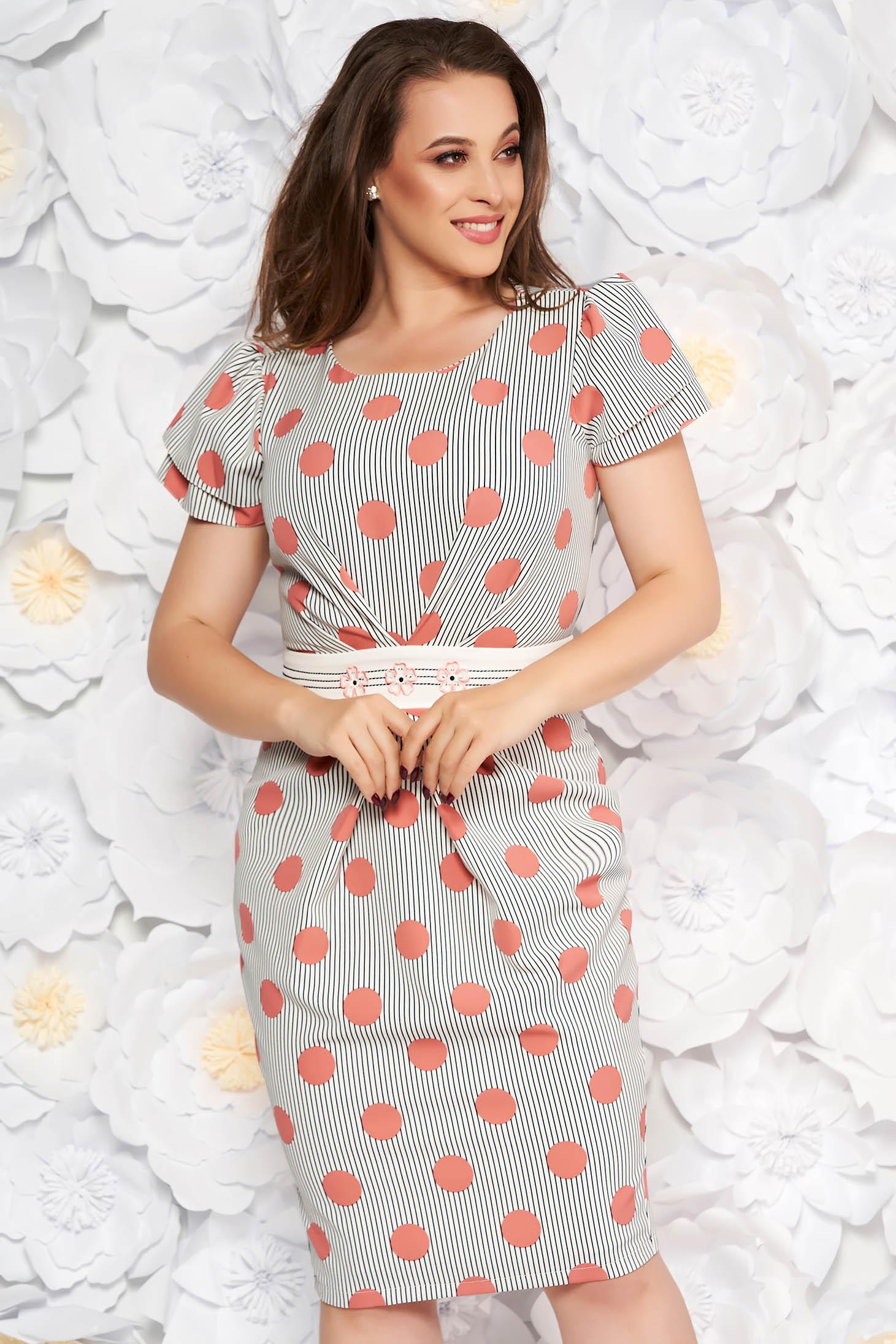 Rózsaszínű LaDonna elegáns hétköznapi ceruza ruha hímzett betétekkel enyhén rugalmas anyag pöttyös