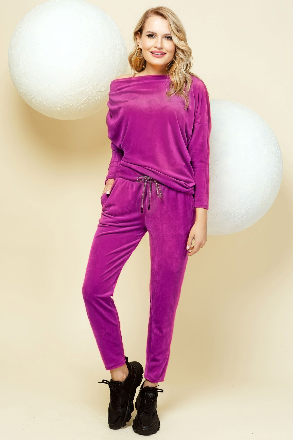 Casual fuchsia sport 2 pieces with trousers velvet one shoulder